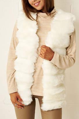 Frontrow White Faux-Fur Gilet