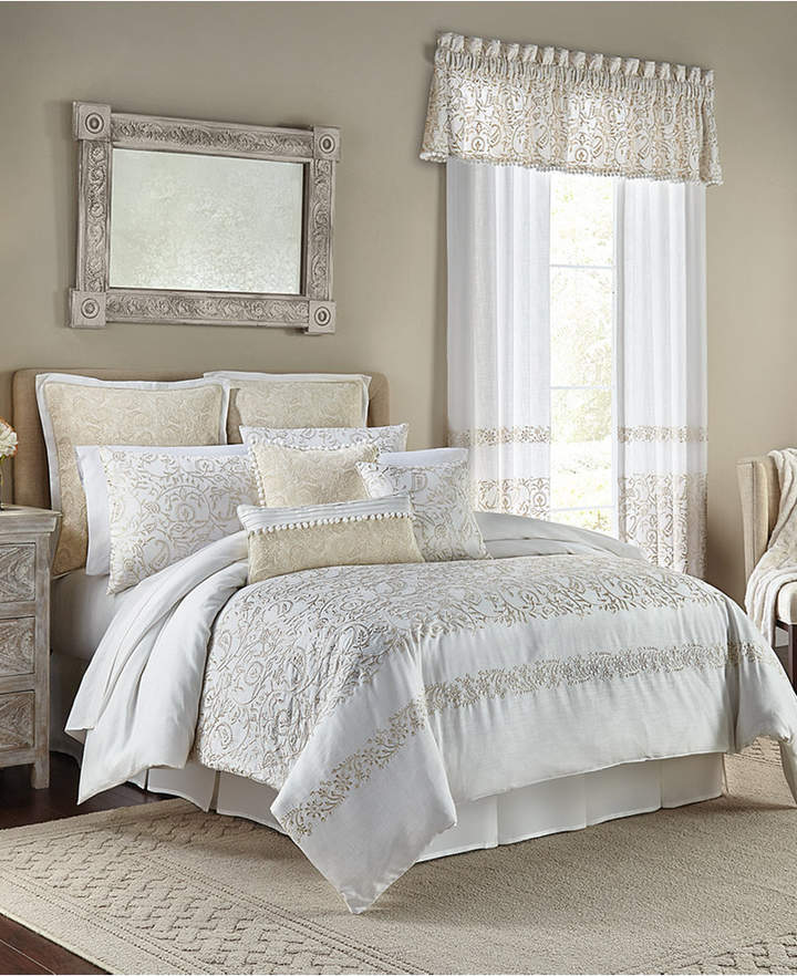 Cela 4-Pc. King Comforter Set Bedding