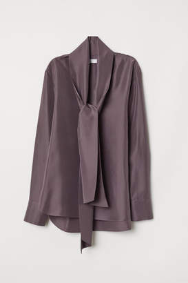H&M Silk Blouse with Tie Detail - Purple