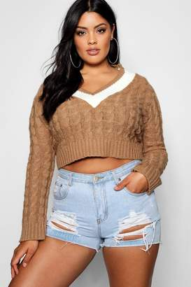 boohoo Plus V Neck Trim Cable Knit Crop Jumper