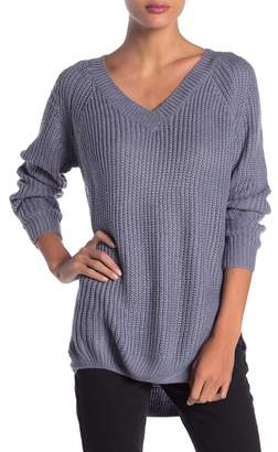 DREAMERS BY DEBUT Solid V-Neck Hi-Lo Sweater