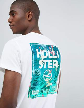 Hollister Color Change Chest Floral Logo T-Shirt Slim Fit in White