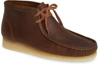 Clarks r) Wallabee Boot