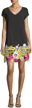 Laundry by Shelli Segal Crepe Meringue Embroidered Dress