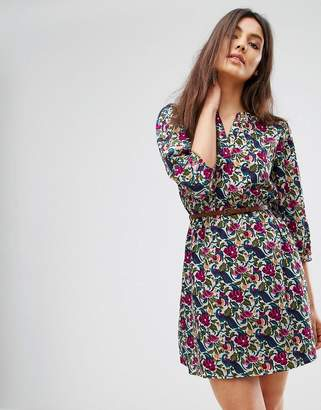 Yumi Belted Dress With 3/4 Sleeves In Nouveau Floral Print
