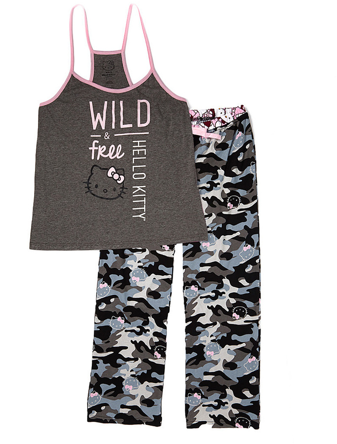 Hello Kitty 'Wild & Free' Pajama Set - Juniors