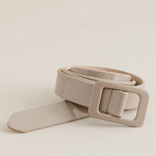 Deco patent-leather belt