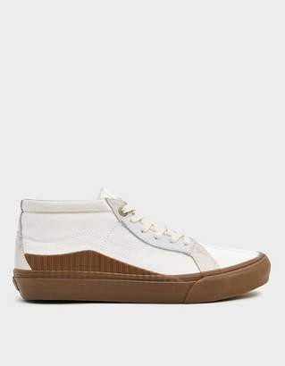 Vans Vault By TH 138 Mid LX Sneaker in Marshmallow