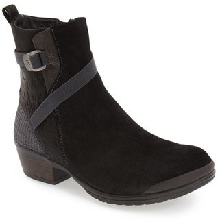 Keen 'Morrison Mid' Boot (Women) $149.95 thestylecure.com