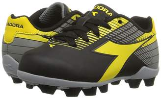 Diadora Ladro MD JR Soccer Kids Shoes