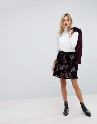 Vero Moda Bold Floral Print Skater Skirt