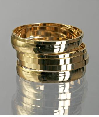 A.V. Max set of 6 - polished gold mixed bangles
