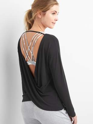 Gap GapFit Breathe long sleeve cross-back top