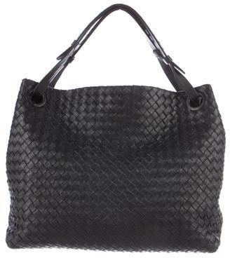 Bottega VenetaBottega Veneta Medium Intrecciato Shoulder Bag
