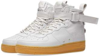 Nike SF AF1 Mid W