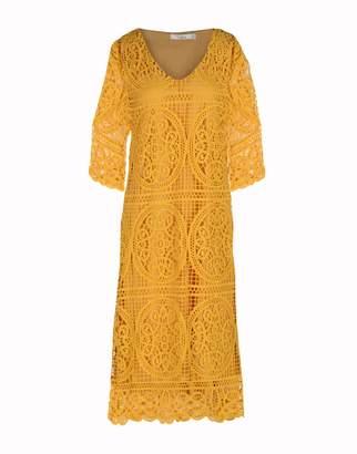 Darling 3/4 length dresses