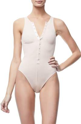 Good American The Ribbed Snap Front Bodysuit - Blush001