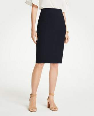 Ann Taylor Seasonless Stretch Seamed Pencil Skirt