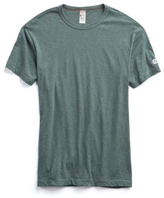 Todd Snyder + Champion Champion Classic T-Shirt in Rugged Green