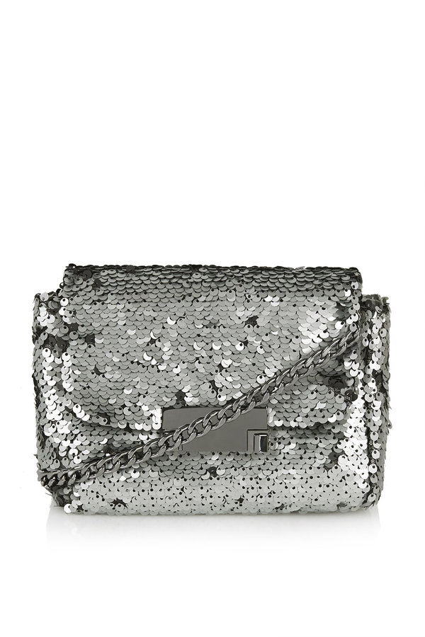 Small crossbody bag with all-over sequin embellishment. h:14cm, w:16cm. 100% polyamide.
