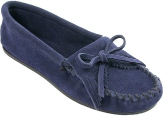 Minnetonka Women's Kilty Navy Moccasins