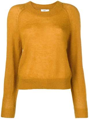 Closed fine knit sweater