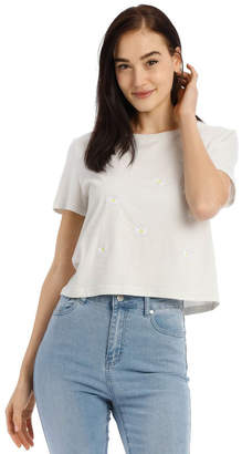Miss Shop Perfect Daisy Emb Tee