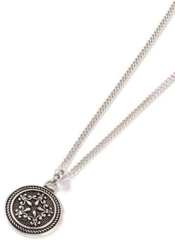 Halskette mit geprägtem Anhänger, silber