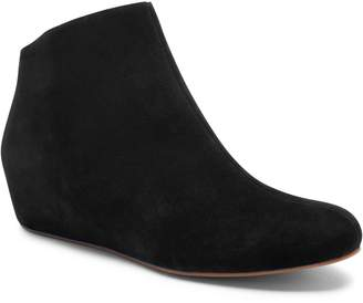 Blondo Mariah Hidden Wedge Waterproof Bootie