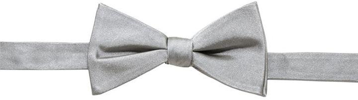 Countess Mara Satin Solid Pre-Tied Bow Tie