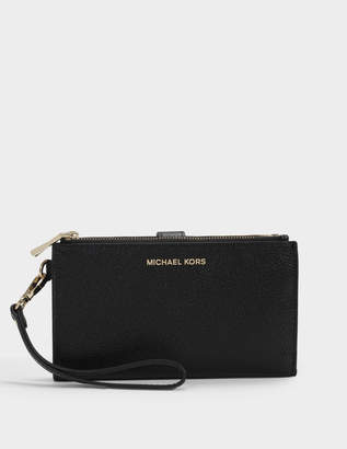 MICHAEL Michael Kors Double Zip Wristlet in Black Mercer Pebble Leather