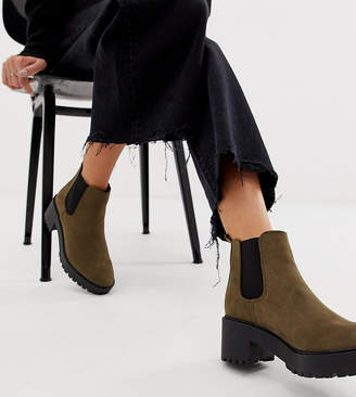 0ce53c223c64 New Look chunky heeled chelsea boot in khaki