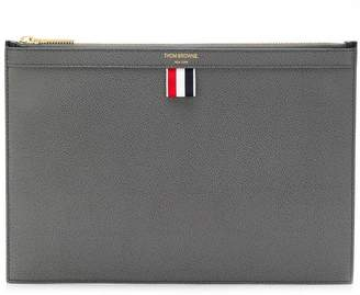 Thom Browne Bicolor Small Zipper Tablet Holder In Pebble Grain