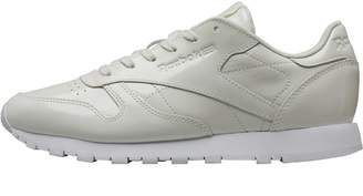 9978f90901f9 Reebok Classics Womens Leather Patent Trainers White