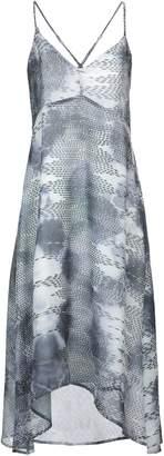 Lavand Knee-length dresses