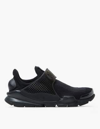 Nike Sock Dart in Black/Black-Volt