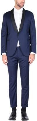 Eleventy Suits