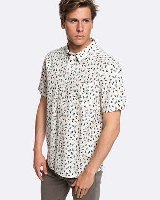 Quiksilver Mens Akan Waters Short Sleeve Shirt