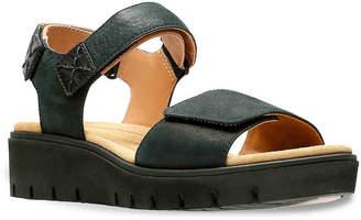 Clarks Un Karely Bay Wedge Sandal - Women's