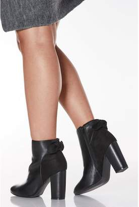 Quiz Wide Fit Navy Faux Leather Bow Heeled Ankle Boots