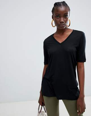 Selected Vita glossy v-neck t-shirt