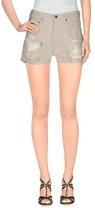 (+) People Shorts