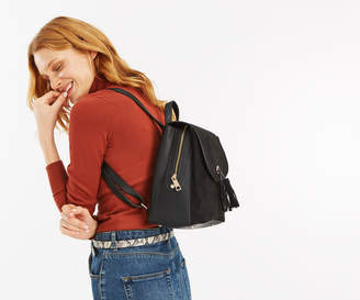 Oasis APRON FLAPOVER BACKPACK