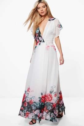 boohoo Boutique Eva Border Print Kimono Maxi Dress $52 thestylecure.com