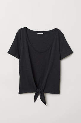 H&M T-shirt with Tie Detail - Black