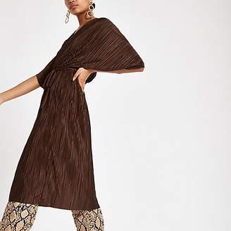 River Island Womens Dark brown plisse batwing sleeve midi dress