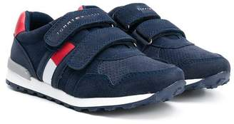 Tommy Hilfiger (トミー ヒルフィガー) - Tommy Hilfiger Junior touch strap sneakers