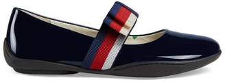 Gucci Children's patent ballet flat with Sylvie bow