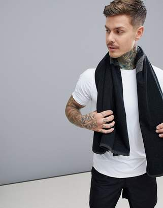 Reebok Training Active Enhanced Towel In Black CW1649