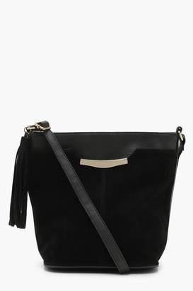 boohoo Suedette Tassel Bucket Bag